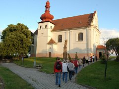 Kostel v Malém Březně.