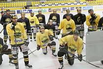 Litvínovští hokejisté na začátku ,letošní přípravy na ledě.