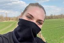 Veronika Šípová v individuálním tréninku, kde hlásí: Tohle není přepadení.