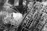 Unikátní fotografie z náletu RAF 16. ledna 1945, které byly teprve loni uvolněny pro badatele a historiky z britských archivů