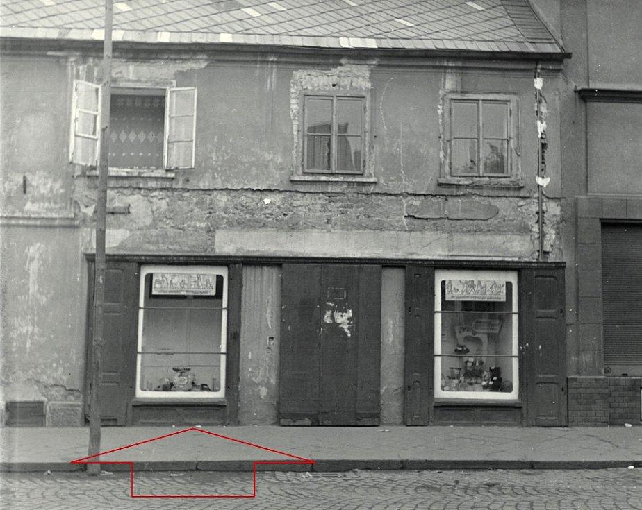 Rodný dům Schlesingera v roce 1953 – detail