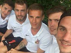 Tady je reprezentační parta z Mostu zleva David Macko, Ondřej Bíro, Tomáš Režný, Michal Macháček a Jakub Polák.
