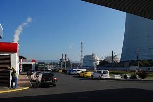 Tady, na benzince u litvínovské chemičky, se brzy začne stavět vodíková plnící stanice.