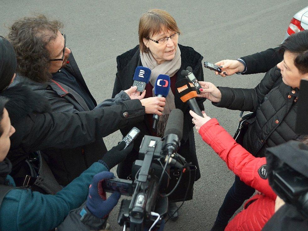Ombudsmanka Anna Šabatová v Obrnicích.