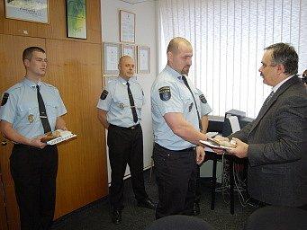 Ocenění strážníci.
