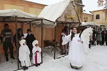 e živého betléma se v minulých dnech těšili lidé v Mariánských Radčicích. Radost udělá i v Lomu a Korozlukách.