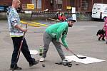 Na hokejovou branku, do které nebylo vůbec jednoduché se trefit, si mohli vystřelil malí i velcí.