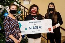 Dar v hodnotě 50 tisíc korun dostal i Kojenecký ústav v Mostě.
