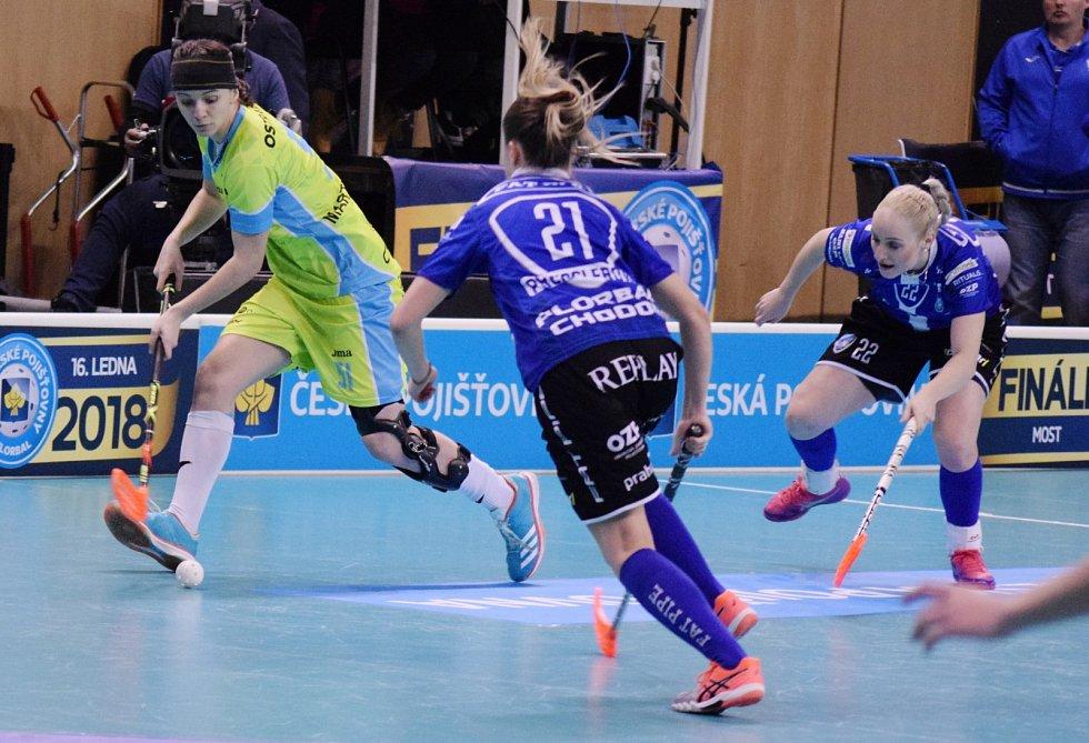 Florbalový český pohár v mostecké sportovní hale.