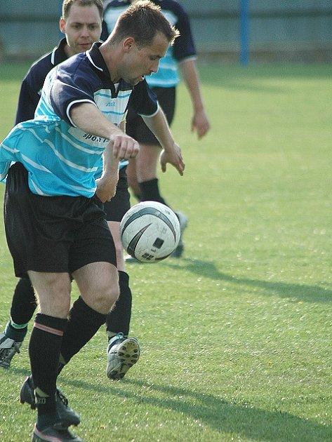 Bečovští hráči se utkají s nejsilnějším týmem soutěže - Spořicemi.