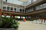 Mostecká městská knihovna koupila za téměř 20 tisíc korun 40 nových společenských her a celkem jich má už 157.