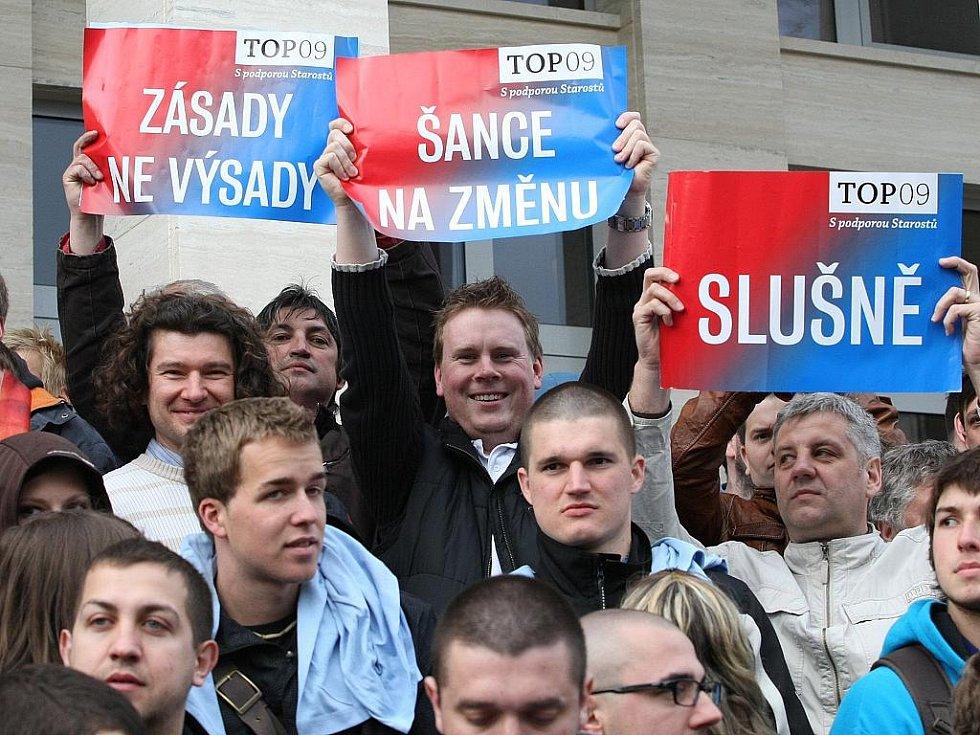 Příznivci Top 09.