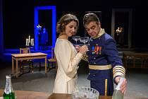 Představení pro dospělé tento týden nabízí Městské divadlo v Mostě. Snímek je ze hry Králova řeč.