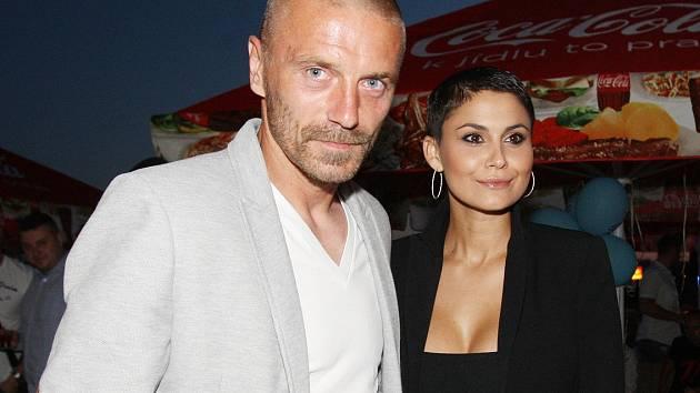 Tomáš Řepka s přítelkyní Vlaďkou Erbovou.