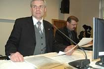 Starosta Litvínova Milan Šťovíček a odvolaný místostarosta Vladimír Vopelka (vpravo).