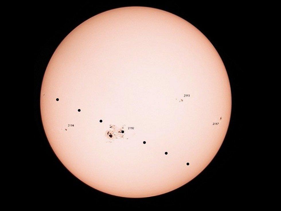 Očekávaná cesta Merkuru přes Slunce 9. května 2016 v České republice.