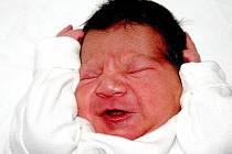 Mamince Monice Hudecové z Mostu se 25. října v 11.05 hodin narodil syn Daniel Drapák. Měřil 49 centimetrů a vážil 3,1 kilogramu.