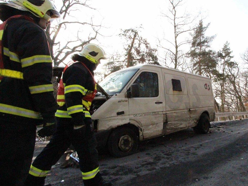 Nehoda na silnici na Klíny.