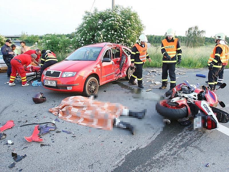 Mladý motorkář z Teplic zemřel na počátku června po srážce s fabií.