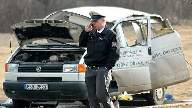 V dodávce zaparkované u Šibeníku vybuchl plyn unikající z plynové lahve.