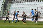Mostecký fotbalový klub (šedivé dresy) přetlačil doma Kadaň.