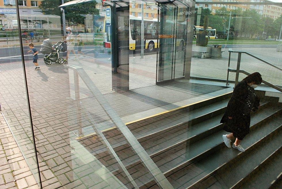 Obchodní dům Central v Mostě. Tady budou jezdící schody.