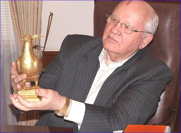 Michail Gorbačov, držitel Zlaté holubice míru.
