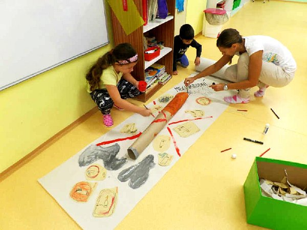Děti vobrnické mateřské školce si připomenuly Nekuřácký den, který každoročně vyhlašuje Mezinárodní unie proti rakovině.