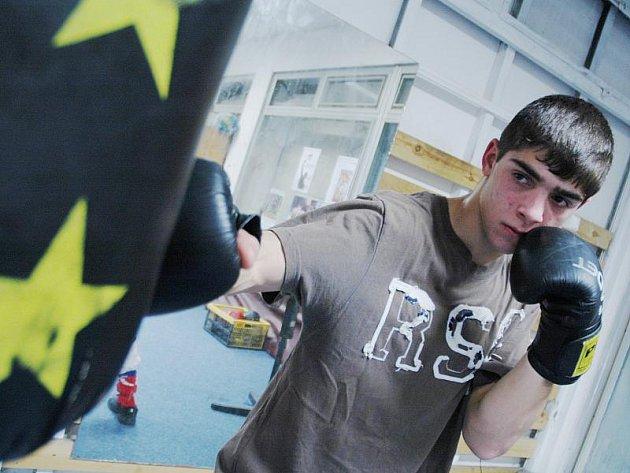 Mostecký boxer Dušan Chromý.
