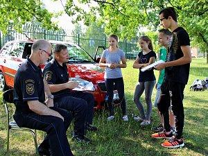 Soutěž Mladý záchranář v areálu Benedikt v Mostě