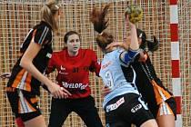 Exhibičního zápasu se zúčastní také brankářka Černých andělů Dominika Müllnerová.