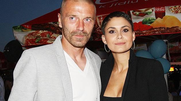Modelka Vlaďka Erbová s partnerem Tomášem Řepkou.
