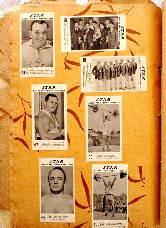 Sportovní kartičky se vrací. Vyráběly se, stále vyrábí a sbírají i u nás. Album sportovního časopisu Star.