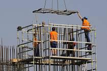 Na jaře se jako vždy očekává oživení díky stavebnictví a sezonním pracím v zemědělství.