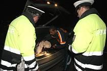 Policisté zesilují kontroly motoristů