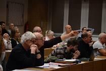 Na radnici v Mostě bylo v pondělí 25. listopadu veřejné projednání návrhu územního plánu města. Přišlo několik desítek lidí.