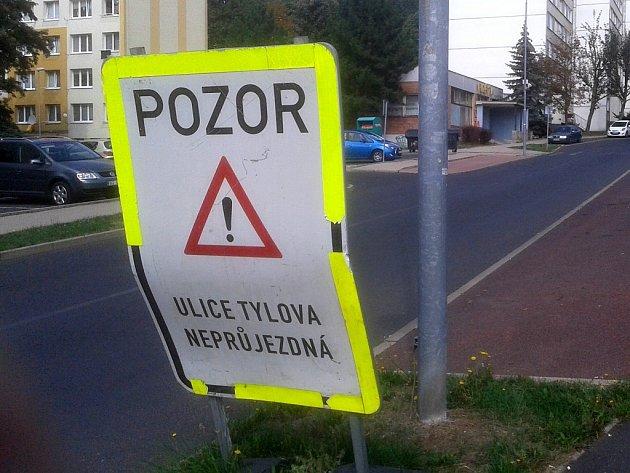 Rozkopaná ulice Tylova v Litvínově