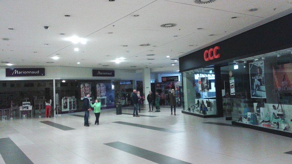 Central se zavřenými obchody.