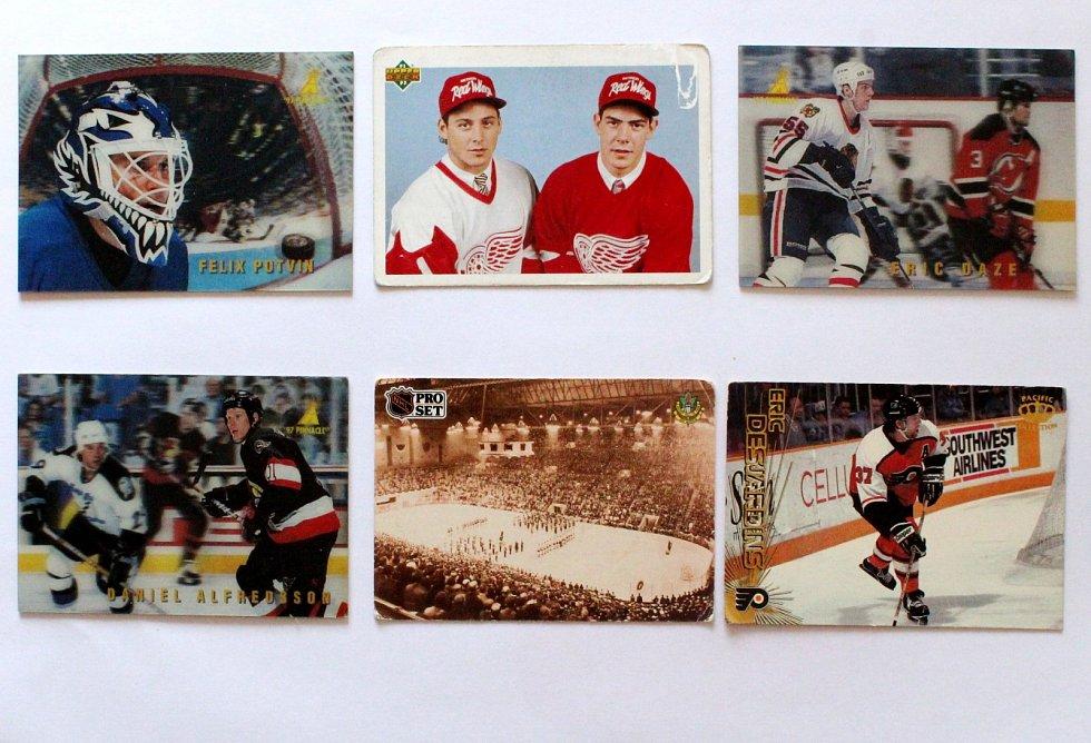 Sportovní kartičky se vrací. Vyráběly se, stále vyrábí a sbírají i u nás. Zkoušely se i kartičky NHL ve 3D.