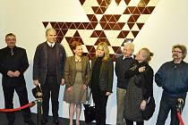 Znovuodhalení Sýkorovy mozaiky v litvínovské Citadele na začátku roku 2016. Další dílo lounského umělce je v centru města.
