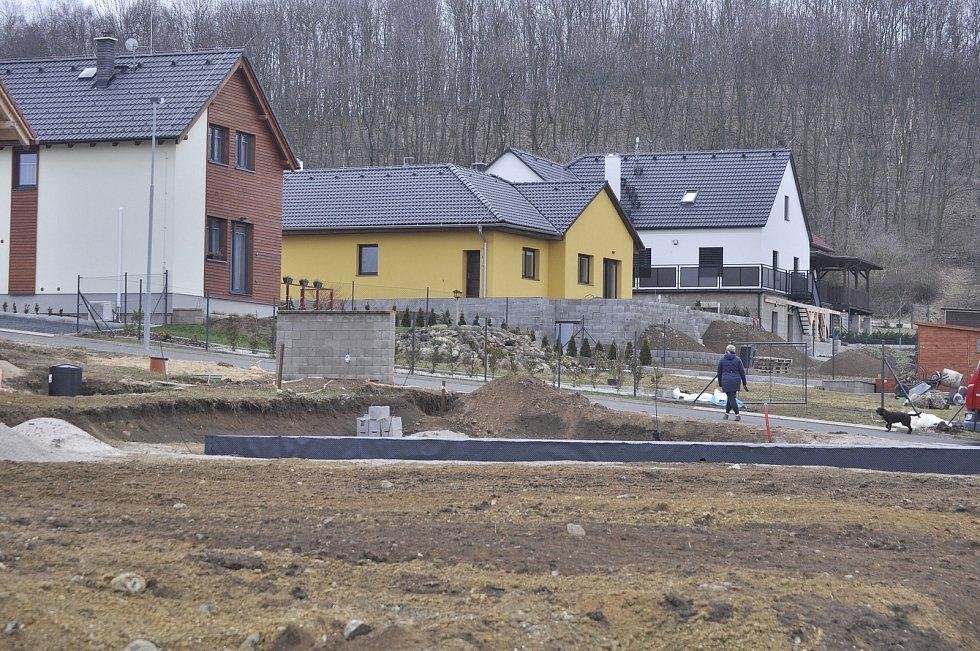 Obec Skršín.