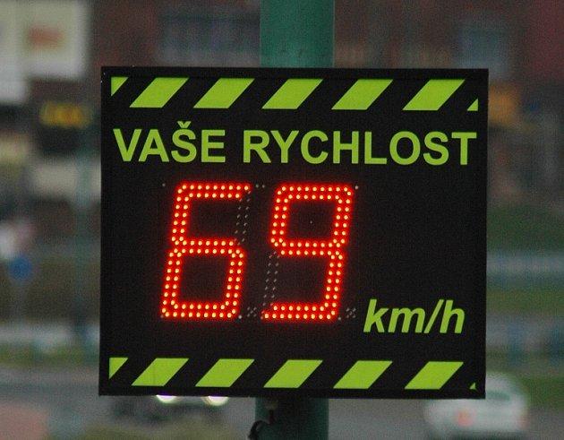 Jedna z největších rychlostí, kterou Deník zaznamenal v úseku, kde je omezená rychlost na třicet kilometrů za hodinu.