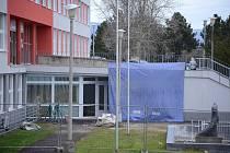 Z bývalé nemocniční lékárny v Mostě vzniká pracoviště magnetické rezonance.