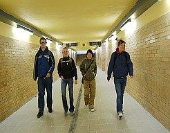 Opravený podchod si dnes prohlédli mimo jiných i chomutovští studenti.