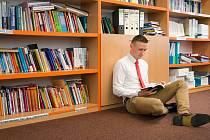 O popularizaci knih a čtení se snaží SOŠ, VOŠ, OA, SPgŠ a SZŠ v Mostě