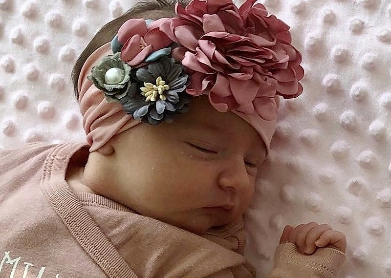 Timea Černovská se narodila mamince Pavle Techlovské z Mostu 23. března v 9.15 hodin. Měřila 50 cm a vážila 3,55 kilogramu.