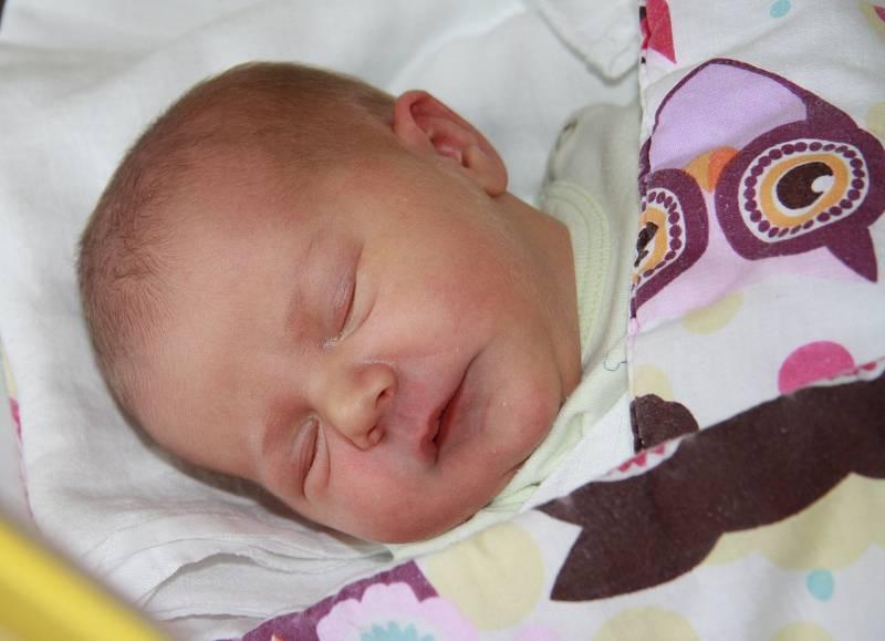 Monika Walterová se narodila 15.září v 10.01 hodin mamince Veronice Walterové. Měřila 50 cm a vážila 2,9 kg.
