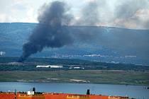 Požár na skládce odpadu Celio mezi Mostem a Litvínovem v 16.35 hodin v úterý 24. června.