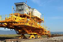 Na území Hořanského koridoru se vše připravuje k tomu, aby zde před koncem roku mohla začít těžba skrývky.