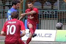 Praha (v červeném) doma vyhrála s Mostem 6:3.